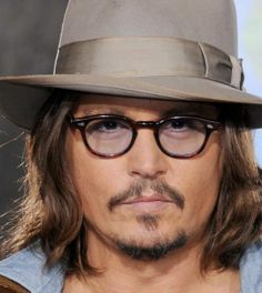 Johnny ♥ Johnny Depp, A Good Man, Sexy Men, Daddy, Handsome, Husband, Actors, Celebrities, Lord