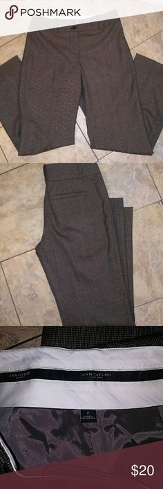 Ann Taylor Size 2 Pants Like New Ann Taylor Size 2 Pants   37% Polyester 30% Virgin Wool 30% Rayon 3% Spandex Ann Taylor Pants