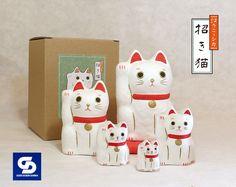 はりこーシカ招き猫(白)