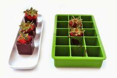 O Lado de Cá: Morangos com chocolate em forminhas de gelo