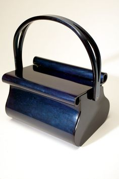 vintage lucite purse...one day im going to find one of these