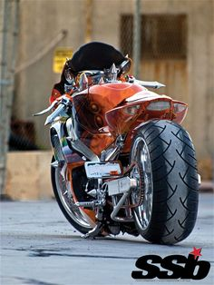 2007 Suzuki -Love this bike. Custom Street Bikes, Custom Sport Bikes, Custom Motorcycles, Suzuki Motorcycle, Motorcycle Clubs, Motorcycle Design, Suzuki Gsx, Hot Bikes, Super Bikes