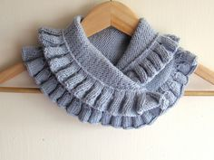 Inspiration, no tutorial, but clear pictures. Hand knitted Grey Blue Neck Warmer