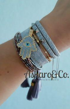 Bead Loom Bracelets, Jewelry Bracelets, Cute Jewelry, Beaded Jewelry, Handmade Jewelry, Bracelet Tutorial, Brick Stitch, Shakira, Necklaces