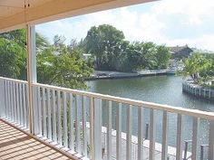 PARADISE FOR RENT IN THE FLORIDA KEYS !!! DESIGNER HOME ON DEEP WATER CANAL Total $2,066.30 Refundable damage deposit - Not included in total $500.00