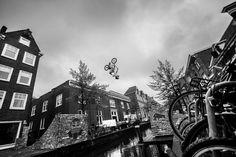 Red Bull Framed Reactions - Video   Red Bull Bike