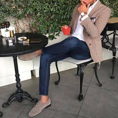 "2,362 Likes, 20 Comments - luxury and style (@luxuryandmenstyle) on Instagram: ""follow @luxuryandmenstyle if you like casual style . . . by @tufanir #menwithclass #menwithstyle…"""