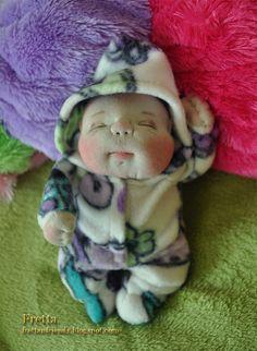 Fretta der OOAK Miniatur weich geformt Neugeborenen Textil