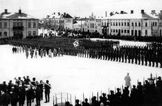 The Jääkärit (Finnish Jaegers) and their place in the Finnish Army (The last parade of the 27th Jaeger Battalion, Vaasa Market Square, 26 Feb 1918. General Mannerheim inspects the Battalion) - from http://www.alternativefinland.com/the-jaakarit-and-their-place-in-the-finnish-army/