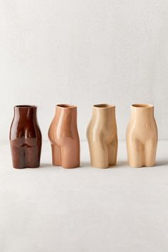 Shop Female Form Vase at Urban Outfitters today. We carry all the latest styles, colors and brands for you to choose from right here. Funky Home Decor, Diy Home Decor, Art Decor, Room Decor, Ceramic Pottery, Ceramic Art, Slab Pottery, Ceramic Bowls, Home Decor Accessories