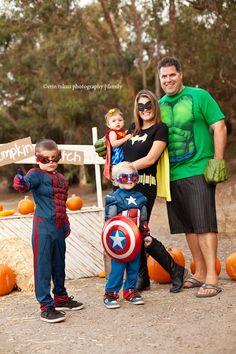 Halloween Costumes    Erin Takua Photography