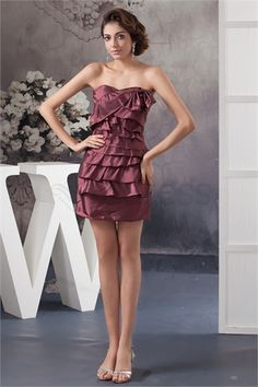 Robe de cocktail Sans bretelles en Taffetas mini/court Colonne/Gaine http://fr.SzWedress.com/Robe-de-cocktail-Sans-bretelles-en-Taffetas-mini-court-Colonne-Gaine-p21773.html