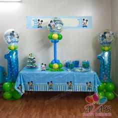 Mickey Mouse 1st Birthday Balloon Column and Centerpiece. Great balloon designs for your next theme party!