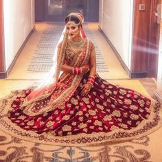 Indian Bridal Photos, Indian Bridal Outfits, Indian Bridal Fashion, Indian Bridal Wear, Indian Dresses, Bridal Dresses, Indian Wear, Wedding Lehnga, Indian Bridal Lehenga