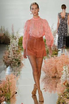 Ulla Johnson Spring/Summer 2018 Ready to Wear | British Vogue