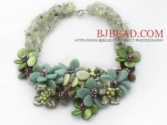 Elegant and Big Style Serpentine Jade and Lemon Stone and Agate and Pearl Shell and Prehnite Flower Party Necklace