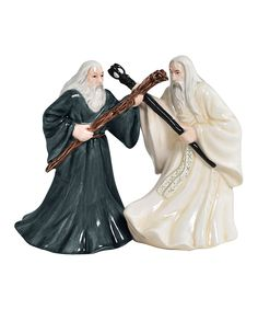 Gandalf & Saruman Salt & Pepper Shakers **Just the knowledge that these exist somewhere makes me smile**
