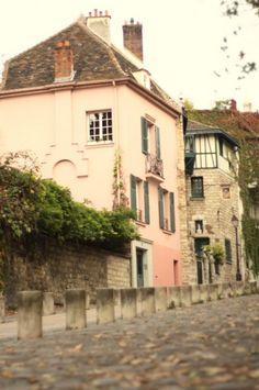 Montmartre. #travel #paris