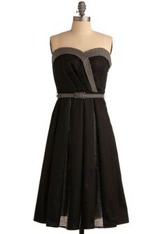 "Eva Franco Woman of the Hour Dress - Size 4 - Bust - 34""  Waist - 28""  .  Looks perfect.. Was told it was used but I don't see any evidence of wear."