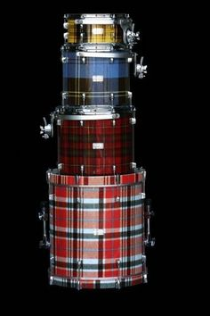 tartan drums - (Holy crap, this never occurred to me! Must have tartan drums!)