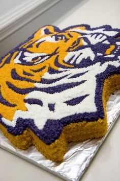Magnificent 11 Best Lsu Cakes Images Lsu Tiger Cake Cake Personalised Birthday Cards Veneteletsinfo