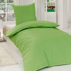 Renforcé Uni Bettwäsche grün aus Baumwolle mit Reißverschluss. Unifarbige Bettwäsche in leuchtendem Grün für ein schön dekoriertes Bett. Der Stoff, der weichen Bettwäsche, ist aus leichter und glatter Baumwolle. www.bettwaren-shop.de
