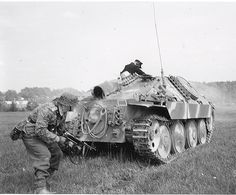 Military Love, Military Gear, Military Weapons, Military Equipment, Military Vehicles, Luftwaffe, World Conflicts, German Soldiers Ww2, Tank Destroyer