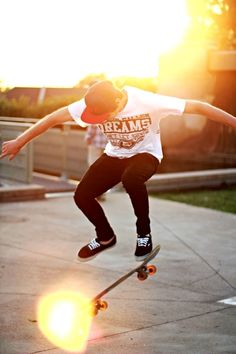 Yes, skaters start looking for public areas to skate. Pleated skater skirts can be found in a number of pleat styles. There are different skaters who . Punk Fashion, Urban Fashion, Skater Look, Skater Outfits, Skater Skirts, Skate Style, Renaissance Men, Aesthetic Grunge, Mens Clothing Styles