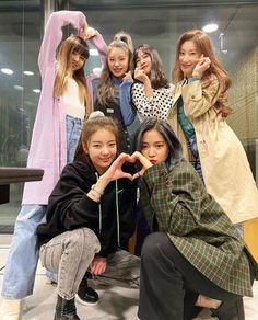 Photo album containing 5 pictures of ITZY South Korean Girls, Korean Girl Groups, Fandom Kpop, World 2020, Baby Supplies, Trendy Wallpaper, Album, Ulzzang Girl, K Idols