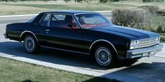 1977 Chevrolet Impala Have always dig the three piece glass 'aero-back' on these :)