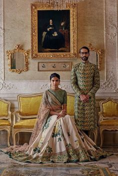 What does that beautiful Sabyasachi Saree Cost? I know I have which is why every time Sabyasachi launches a new collection, I start hunting for Sabyasachi Saree Cost in a frenzy. Mehndi, Henna, Indian Look, Indian Wear, Indian Style, Indian Ethnic, Indian Wedding Outfits, Indian Outfits, Indian Weddings