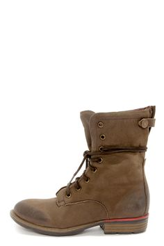 """These darling work boots take all of the work out of boot season, with a matte brown genuine leather upper that fits your casual everyday mood! The Report Signature Barone Brown Leather Lace-Up Boots are dominated by cool details like a round, oil-rubbed toe, plus a covered 9.5"""" asymmetrical zipper along the instep topped off by a unique snap closure. Lace-up shaft measures 7.5"""" tall over a 1.25"""" rubber heel with a pop of red in-between. Cushioned insole. Non-skid rubber sole. ..."""