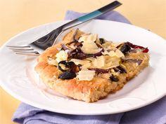 Focaccia on Italiasta peräisin oleva litteä leipä. Se maistuu keittojen tai salaattien kanssa tai ihan sellaisenaan väli- tai iltapalana.