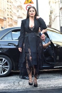 Naomi Campbell, Ashley Graham, and More of the Best Dressed at the Paris Couture Shows Big Girl Fashion, Curvy Fashion, Fashion Photo, Plus Size Fashion, Petite Fashion, Fall Fashion, Style Fashion, Naomi Campbell, Curvy Outfits