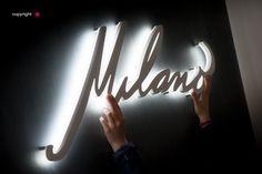 Lettere luminose a parete Milano Milano, Barber Shop, Neon Signs, Barbers, Barbershop