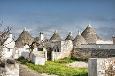 Traditional Trulli houses in Puglia, Italy!