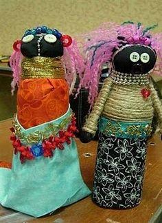 we heart art: Ndebele Dolls grade African Art Projects, African Crafts, African Dolls, African Artists, African Kids, Art Activities For Kids, Art For Kids, Preschool Ideas, 6th Grade Art