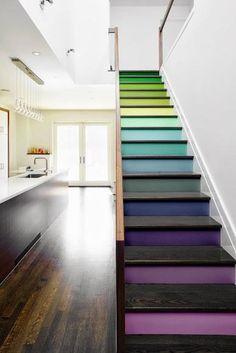 ☝☟escadas - Une bonne idée déco : de la couleur pour les escaliers