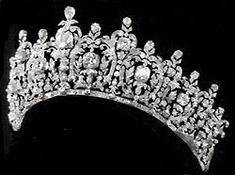 Tiara originally belonging to Queen Sophia of Greece.  Now part of Greek royal family jewels.
