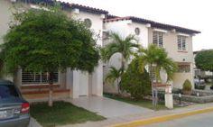 Townhouse En Venta En Avenida Milagro Norte - Código: 14-9737