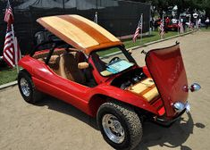 Just A Car Guy : Amazing airbrushing of wood grain on a Meyers Manx at the Steve McQueen car show