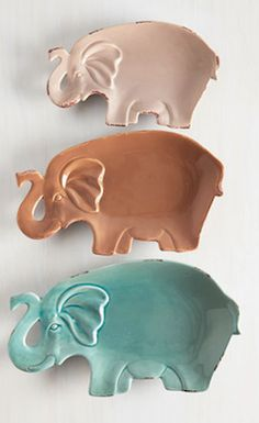 Elephant party plate set