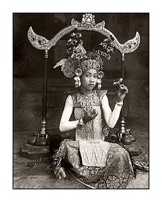 Young balinese dancer date and photographer unknown (probably early 20th c)