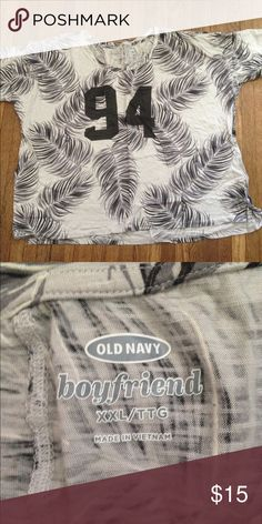 Tropical print boyfriend fit tshirt! This is super cute! It's made to hang loose and it comes off the shoulder a little bit! It looks great with shorts or jeans! It has no holes or stains! It comes from a smoke free environment! I ship Monday-Friday! Please don't negotiate the price in the comments! I don't hold or trade! I only sell through poshmark! Old Navy Tops Tees - Short Sleeve