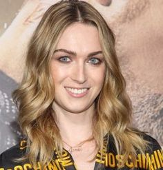 """Jamie Clayton is a transgender actress and model best known for her role in the Netflix series Here, she attends the premiere of Warner Bros. Pictures' """"Jupiter Ascending"""" at TCL Chinese Theatre on Feb. in Hollywood. Jamie Clayton, Transgender Model, Transgender Girls, Ombre Hair, Curly Hair Styles, Blonde Actresses, Feminized Boys, Female Transformation, Transitioning Hairstyles"""
