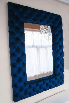 Steppelt bársony keretes tükör, kék bársonnyal, nagyon jól mutat. Mirror, Leather, Ideas, Home Decor, Home, Decoration Home, Room Decor, Mirrors, Home Interior Design