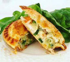 These Individual Chicken and Vegetable Pies are a great way to make the most of delicious leftover roast chicken. Recipe from the Healthy Mummy. Pastry Recipes, Cooking Recipes, Pie Recipes, Terrine Recipes, Curry Recipes, Healthy Mummy Recipes, Healthy Food, Healthy Eating, Roast Chicken Recipes