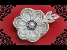 DIY kanzashi flowers,kanzashi tutorial,how to make,easy,kanzashi flores de cinta - YouTube