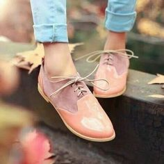 Oxford shoes, pastel colours, pretty design. Fall shoes trends 2015.