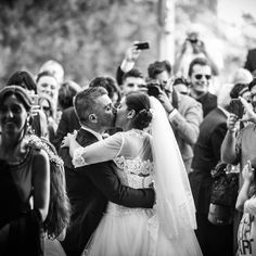 #wedding #bride #goom #white #kiss #lace #love #picture #blackandwhite #happy <3